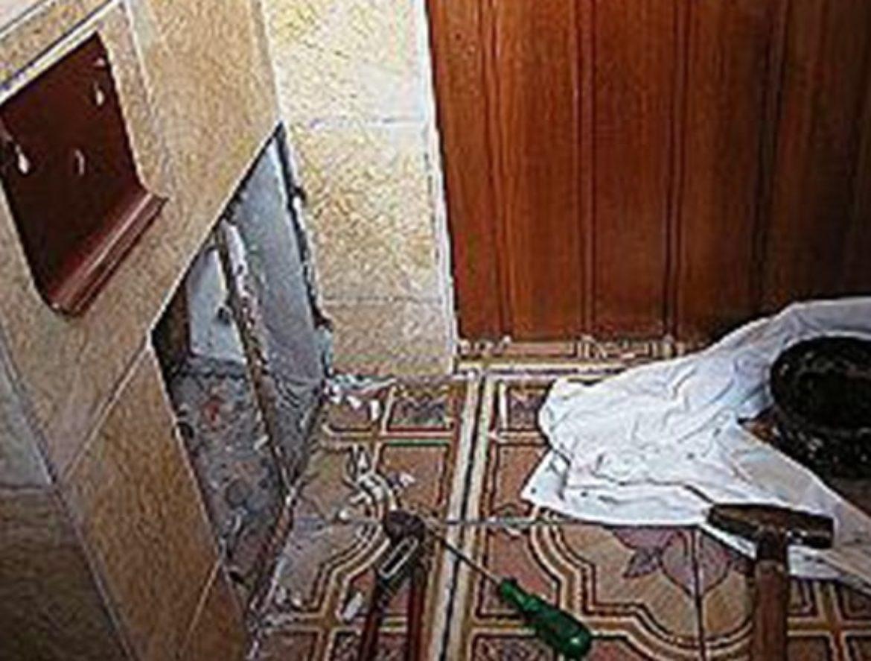 Demontage der alten Badelemente
